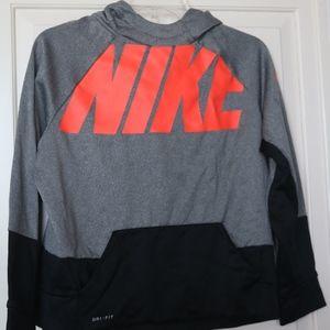 Boys Nike Dri-FIT Long sleeved Training Top XL